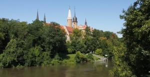 Schloss_Flussansicht_klein